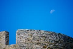 Wehrturm mit Mond